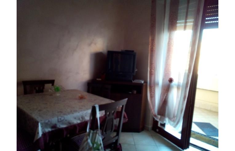 Privato affitta appartamento affittasi appartamento anno for Appartamento affitto aprilia arredato