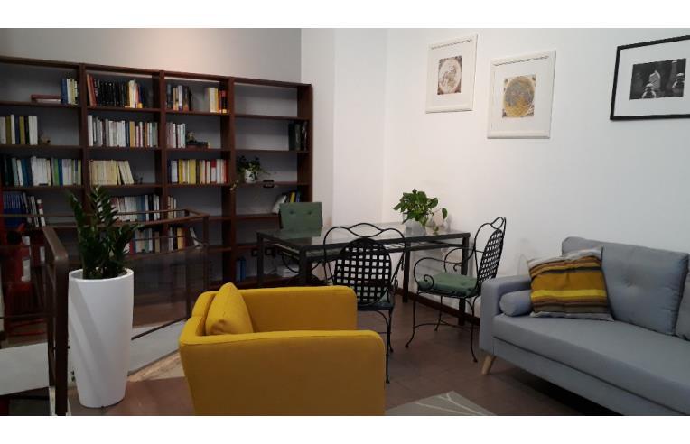 Privato Affitta Ufficio Studio Ufficio Per Professionisti Annunci Milano Zona Citta Studi Rif 261114
