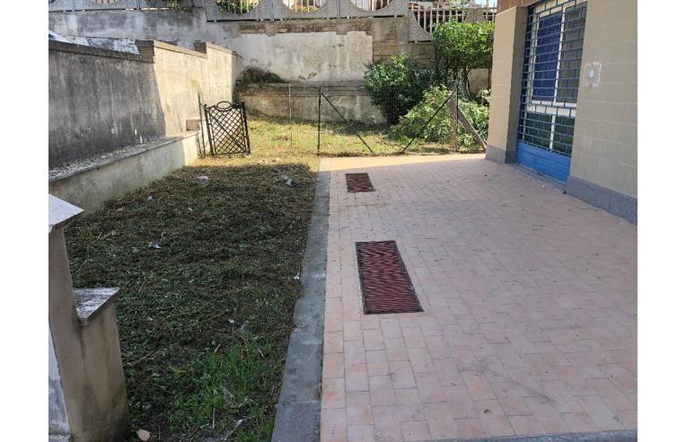 Foto 4 - Negozio in Vendita da Privato - Castel Gandolfo, Frazione Pavona