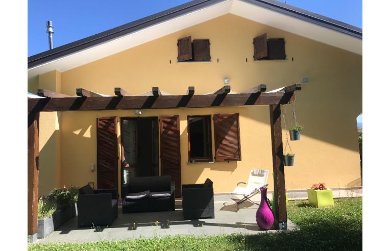 Foto 1 - Villa in Vendita da Privato - Cadorago, Frazione Bulgorello