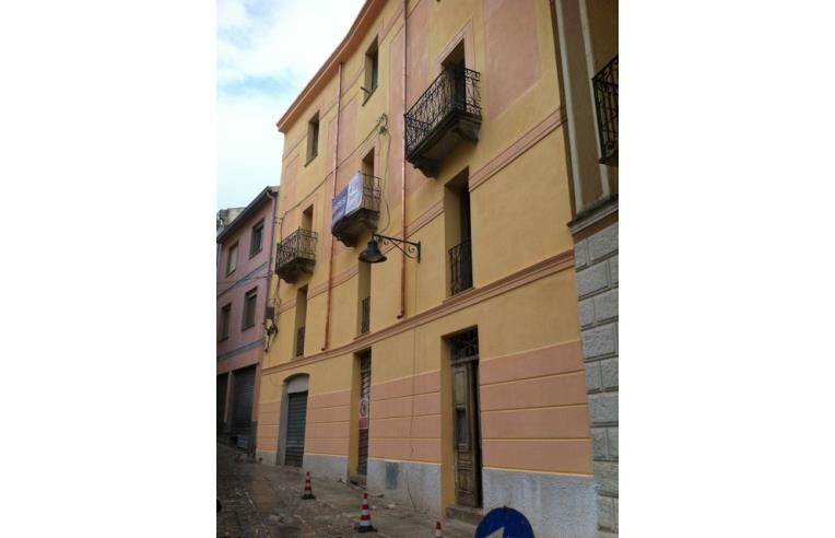 Foto 1 - Palazzo/Stabile in Vendita da Privato - Nuoro, Frazione Centro città