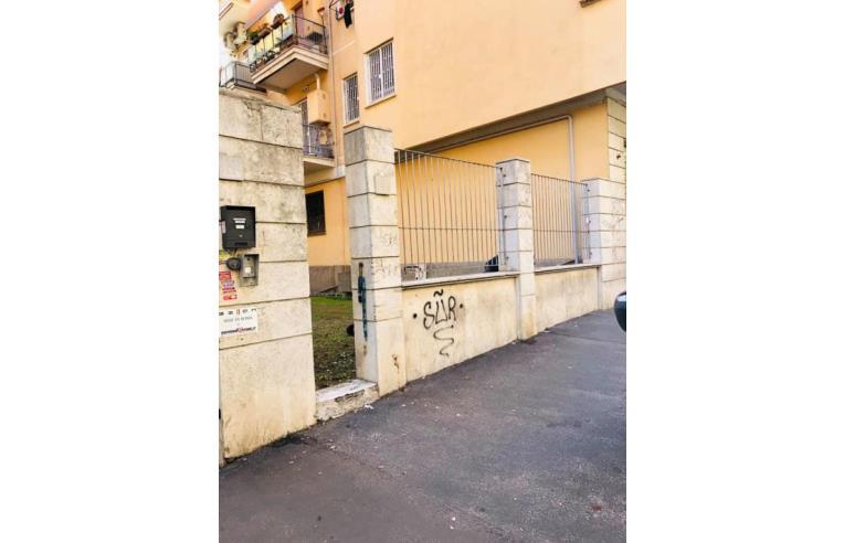 Foto 2 - Magazzino in Vendita da Privato - Roma, Zona Casilina
