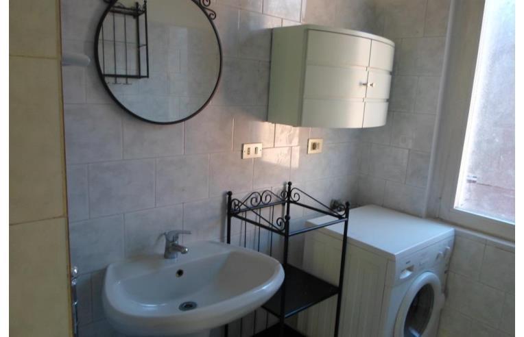 Privato affitta stanza singola stanza singola mm2 cologno centro 5 fermate da piola annunci - Singola con bagno privato milano ...