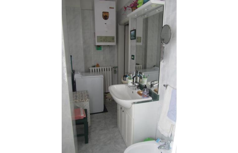 Privato vende appartamento appartamento via gesso for Bagno 8 rivabella