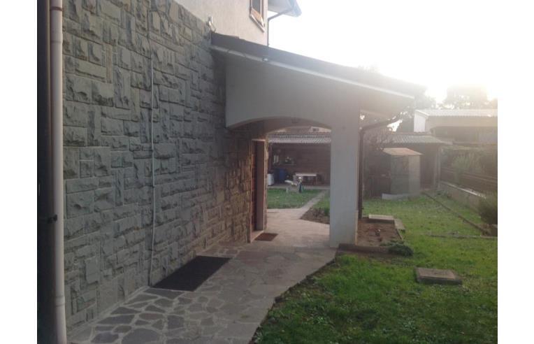 Privato vende casa indipendente vendo proprieta annunci for 4 piani casa 3 bagni