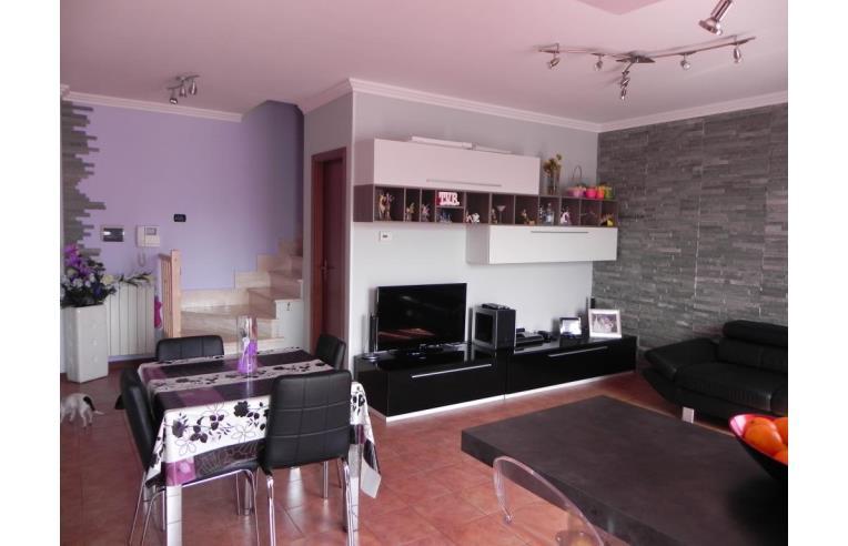 privato vende appartamento appartamento a 3 piani di 100