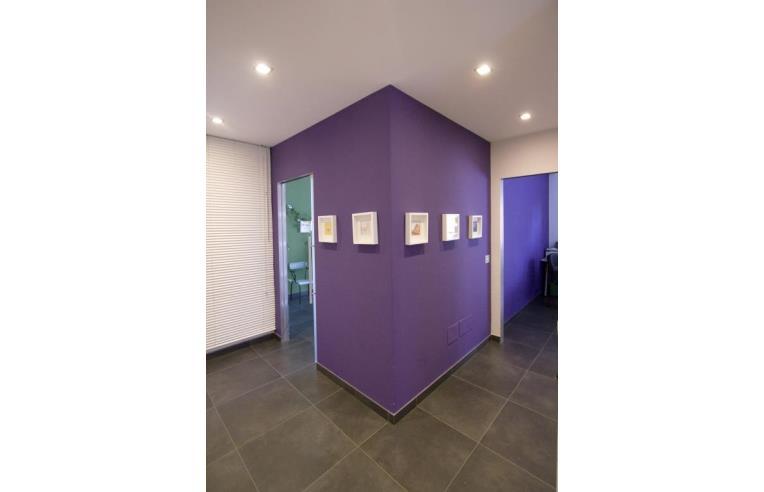 Privato affitta stanza singola stanza uso ufficio for Stanze in affitto bari