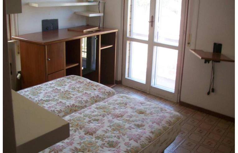 Privato affitta appartamento vacanze appartamento estivo casa vacanze riccione annunci - Ricci casa bagni ...