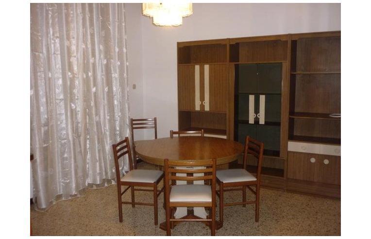 Privato affitta casa vacanze casa vacanza in zona residenziale annunci civitanova marche - Casa ammobiliata ...