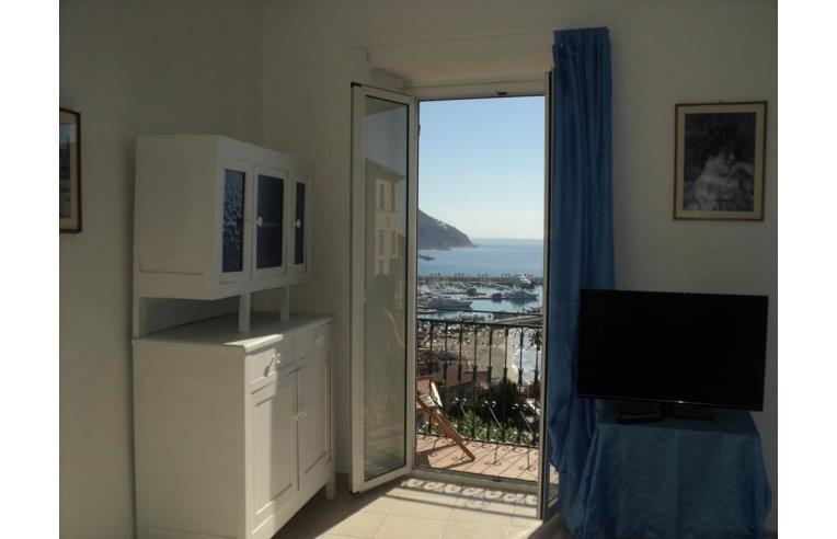Privato affitta appartamento vacanze vacanze strepitose for Affitto appartamento arredato imperia
