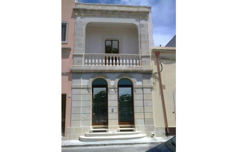 Privato vende casa indipendente casa nel salento stile for Casa in stile vittoriano in vendita