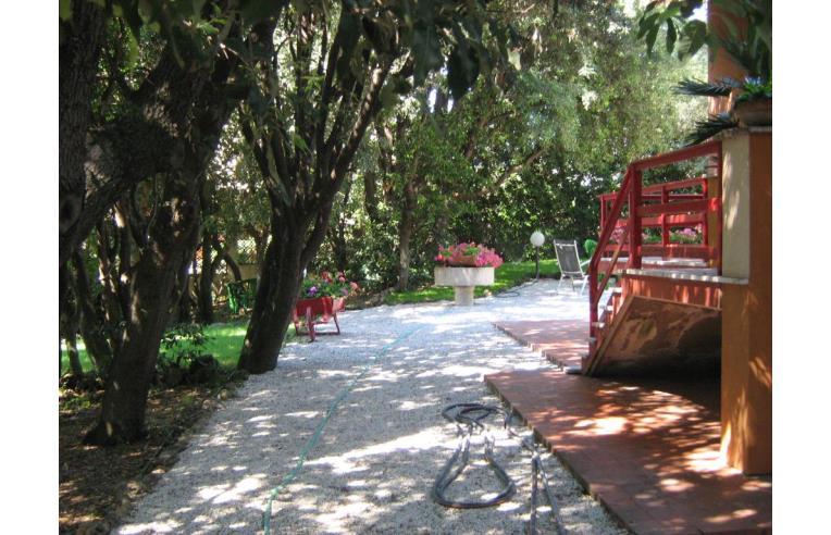 Privato vende casa indipendente villetta con grande giardino annunci san vincenzo livorno - Casa con giardino livorno ...