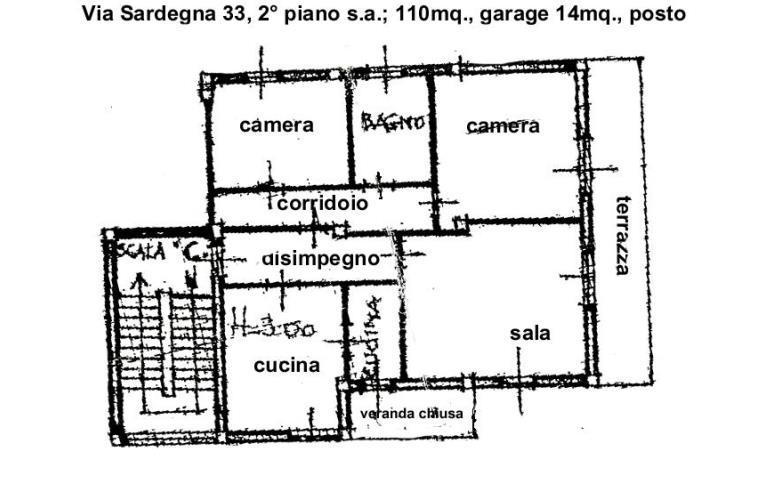 Privato vende appartamento abitazione 110mq secondo piano for Piani garage separati con posto auto coperto