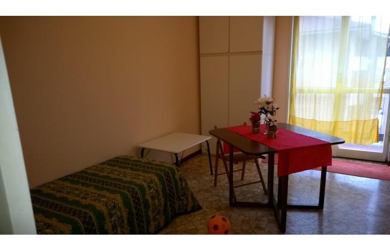 Privato affitta stanza singola posto letto annunci milano zona lorenteggio - Affittasi posto letto milano ...