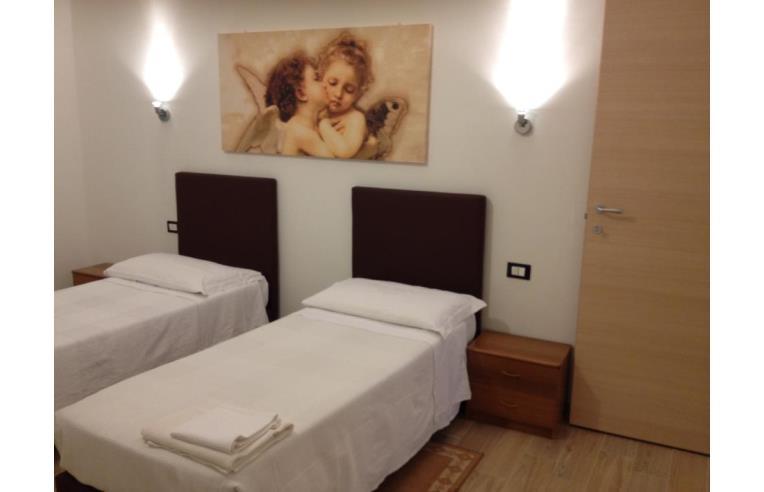 Privato affitta appartamento vacanze delizioso silenzioso romantico annunci bologna zona - Biancheria da letto bologna ...