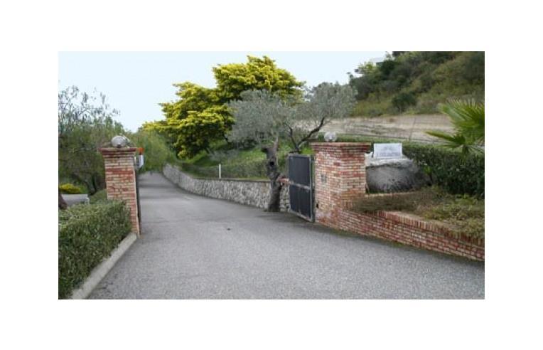 Privato vende villetta a schiera villetta a gradoni con - Gradoni giardino ...