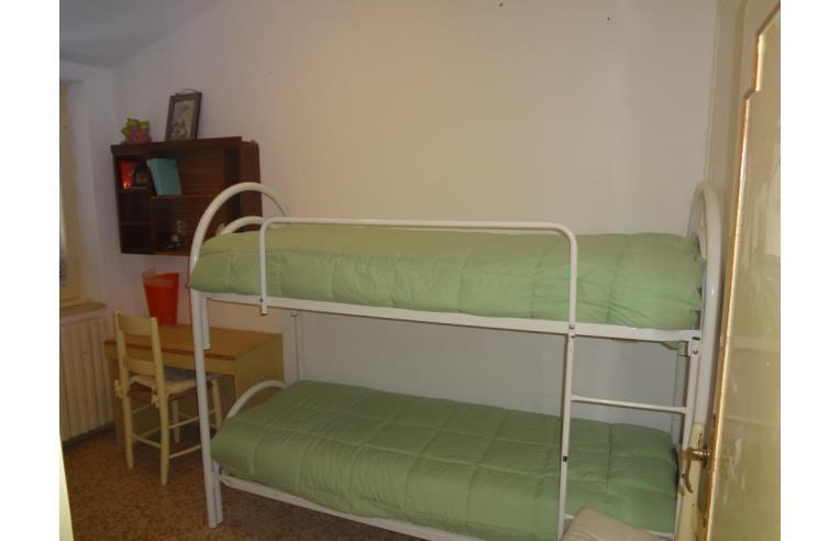 Privato affitta casa vacanze casa assisi centro annunci for Nuovi piani domestici con suite di annunci personali