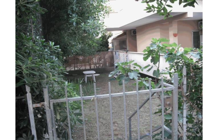 Privato vende appartamento appartamento con giardino annunci santa marinella roma - Bagno roma marinella di sarzana ...