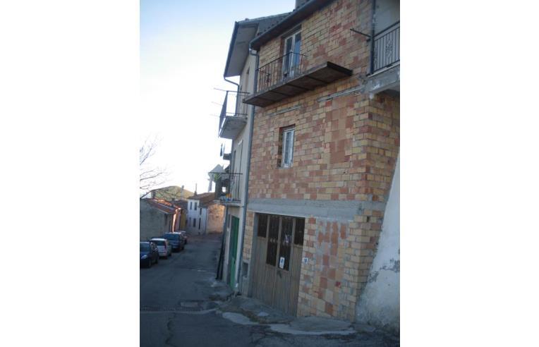 Privato vende casa indipendente abitazione al grezzo for 1 piano garage con abitazione