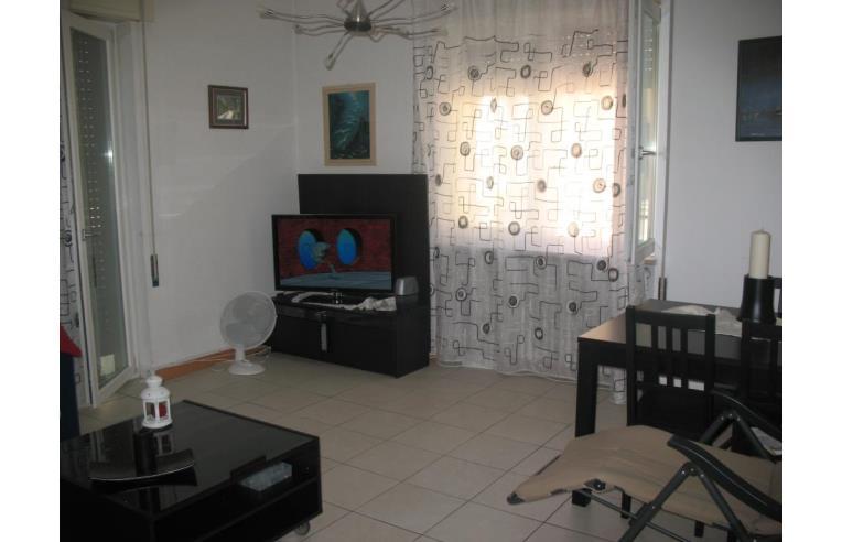 Privato vende appartamento grande appartamento in vendita for Come costruire un appartamento garage a buon mercato
