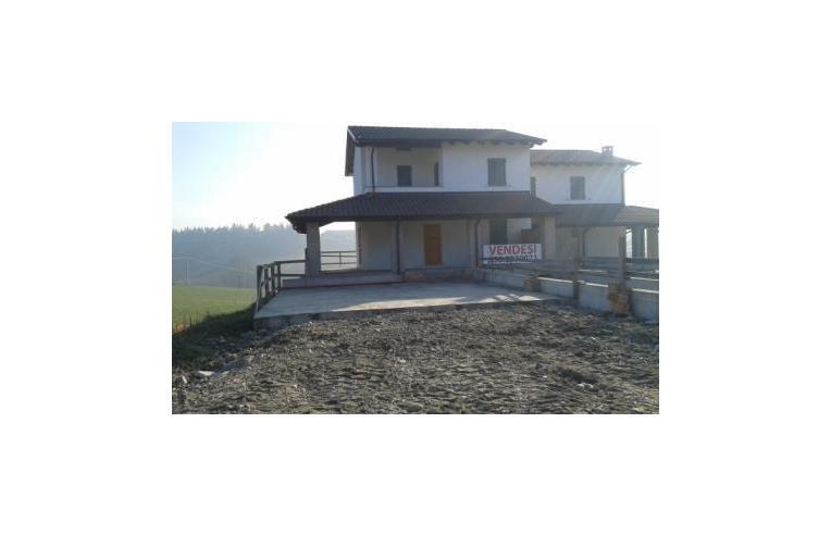 Privato vende casa indipendente nuova costruzione a for Case in vendita a budoni da privati