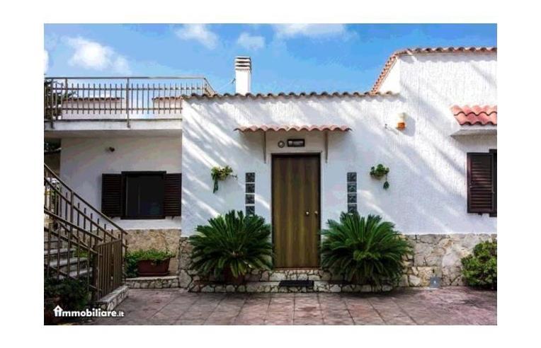 Privato vende villa villa san cataldo mq 95 euro for Affitto trani arredato
