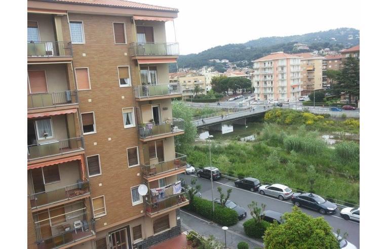 Privato affitta appartamento vacanze bilocale andora 10 for Case andora