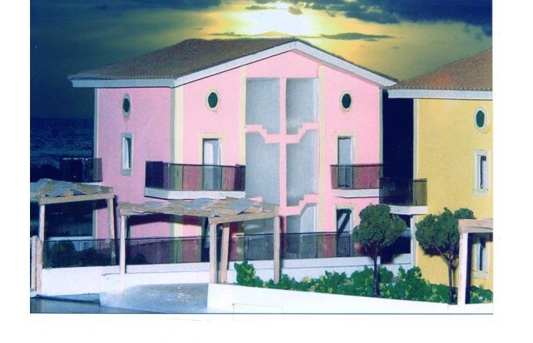 Privato vende villetta a schiera lotti di mq 250 con for Piani di progettazione di case a schiera