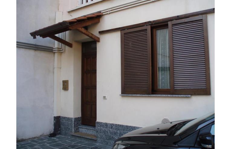Privato vende casa indipendente appartamento annunci for Case in vendita a budoni da privati