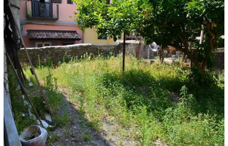 Privato vende appartamento appartamento in corte con - Appartamento con giardino privato ...