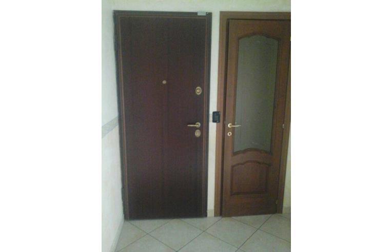 Privato vende appartamento trilocale 85mq annunci for Vica arredo bagno
