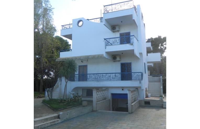 Foto 1 - Casa indipendente in Vendita da Privato - Bari, Zona Torre a Mare