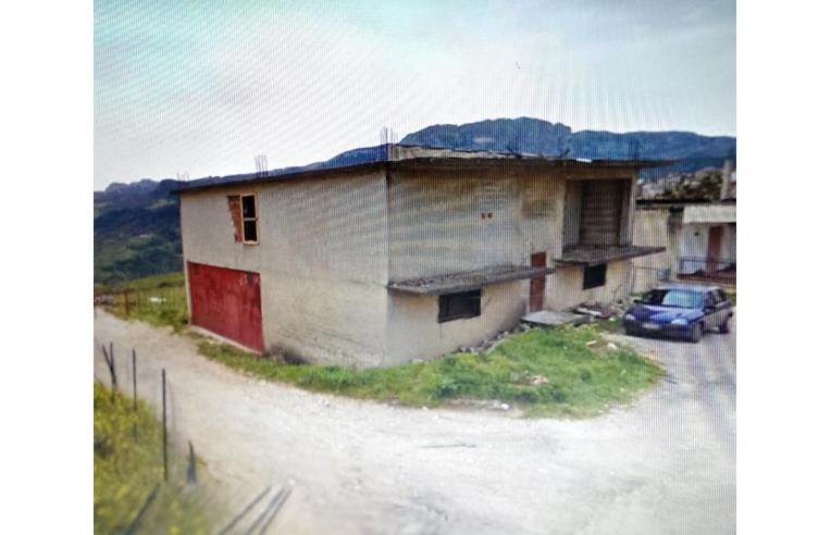 Costruttore vende villa casa indipendente annunci for Costruttore di casa gratuito