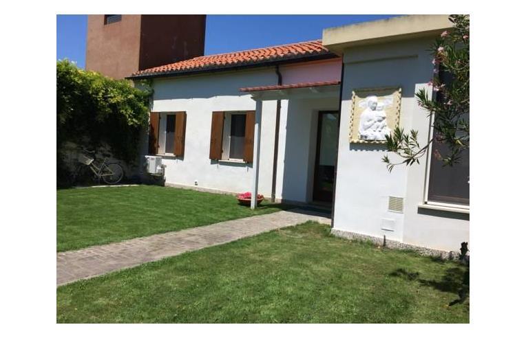 Privato affitta casa vacanze casa vacanze lido di venezia for Contratto affitto casa