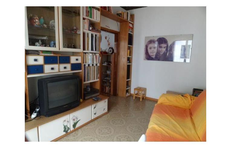 Privato affitta appartamento vacanze appartamento in for Bagno 69 rimini