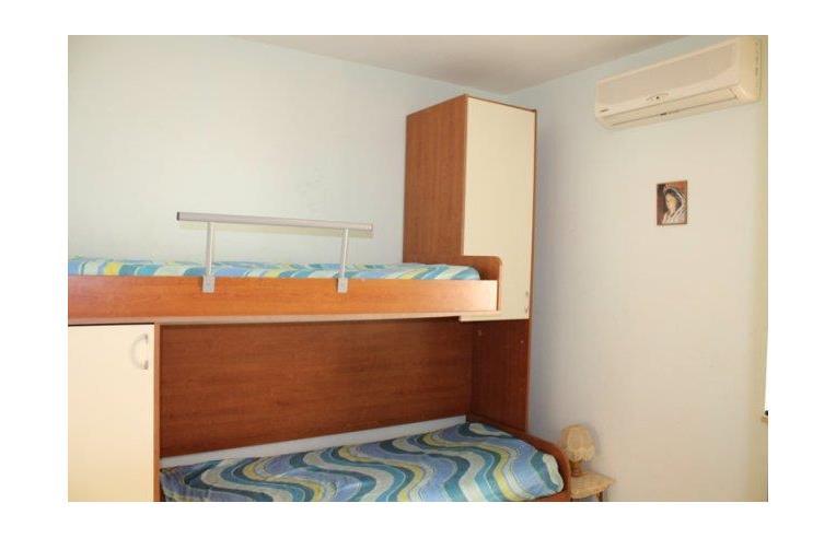 Privato affitta appartamento vacanze casa vacanza a for Case in affitto reggio calabria arredate