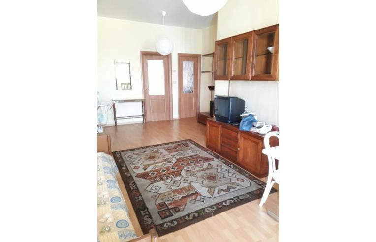 Privato affitta appartamento bilocale arredato comodo for Bilocale arredato affitto torino