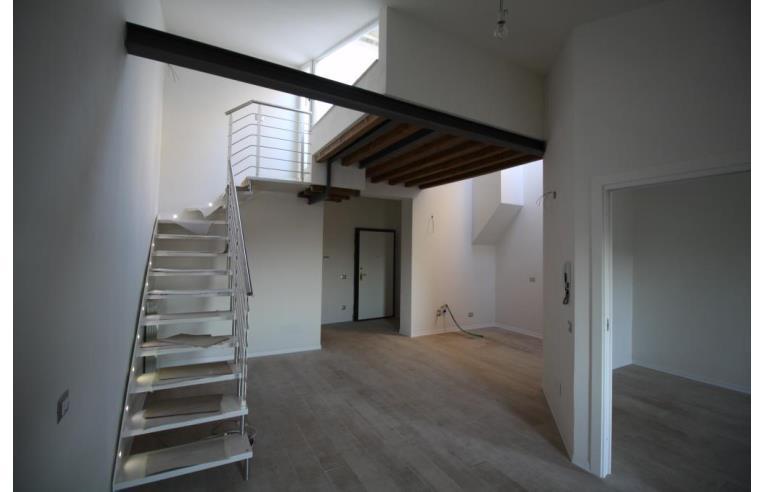 Privato Vende Appartamento, ampio trivani centro storico con ...