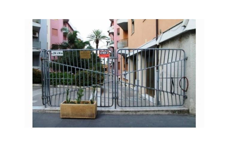 Privato vende appartamento appartamento a messina centro for Piani di camera di tre stagioni