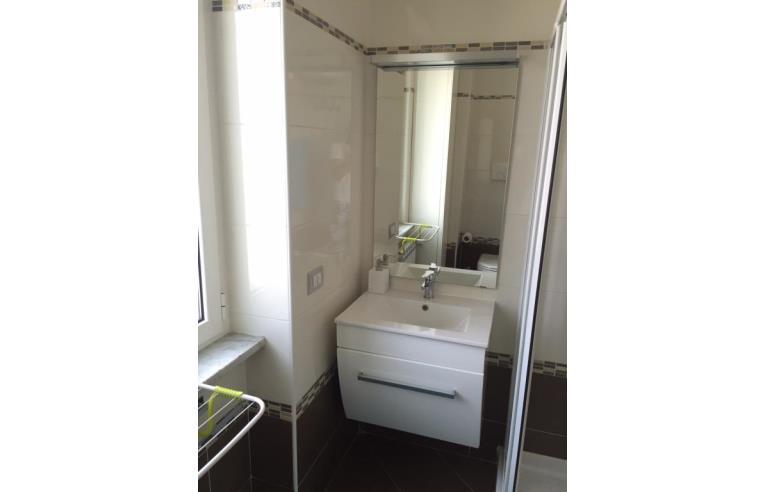 Privato vende appartamento vendita appartamento annunci for Arredo bagno san giuliano milanese