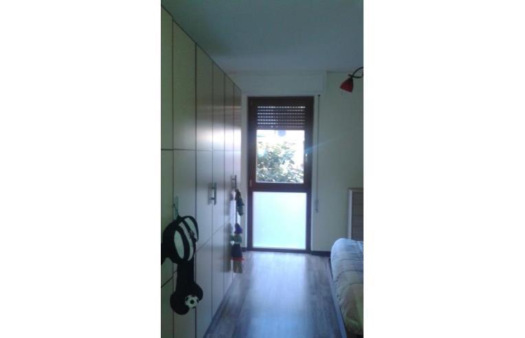 Privato affitta appartamento camera singola annunci for Appartamenti in condivisione milano