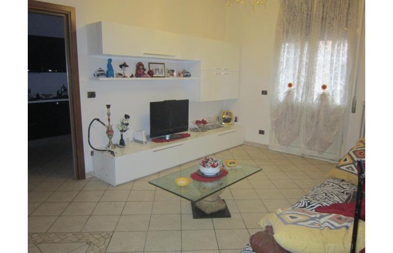 Privato vende appartamento in vendita appartamento a for Appartamenti arredati modena