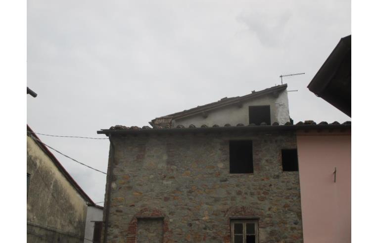 Foto 5 - Casa indipendente in Vendita da Privato - Capannori, Frazione Colle Di Compito