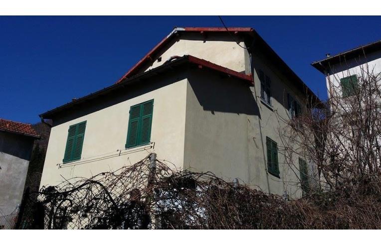 Privato vende casa indipendente immediato realizzzzzzzo for Casa indipendente genova