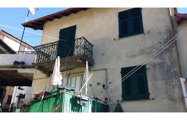 Privato vende casa indipendente immediato realizzzzzzzo for Case indipendenti in vendita genova