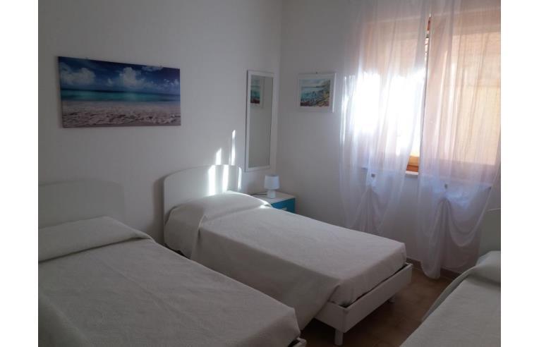 Privato affitta appartamento vacanze trilocale nuovo e for A piedi piani doccia