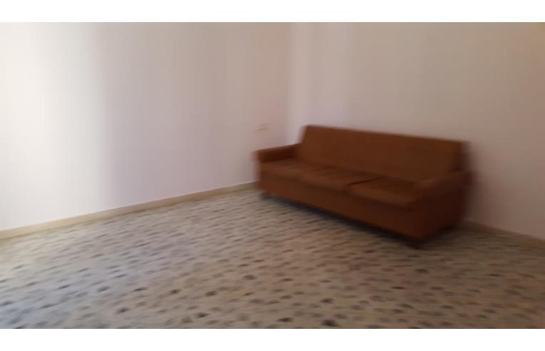 Foto 2 - Casa indipendente in Vendita da Privato - Giarre (Catania)