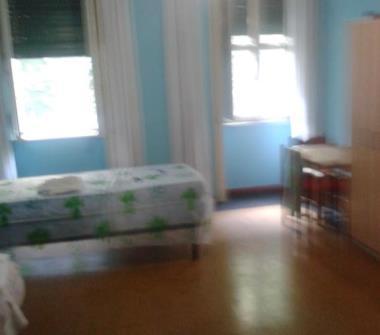 Privato affitta stanza singola affitto stanza in studio for Affitto studio medico roma eur