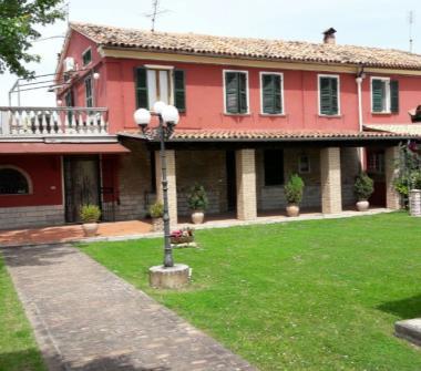 Case in vendita da privati serrungarina for Case in vendita a tanaunella da privati