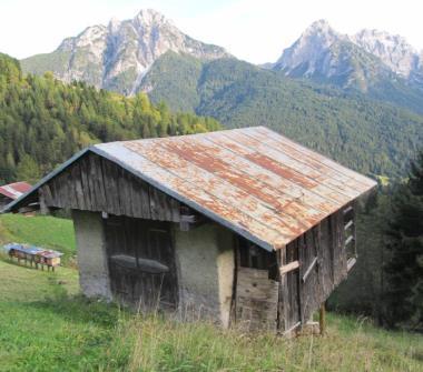 Case in vendita da privati san pietro di cadore for Case in vendita a tanaunella da privati